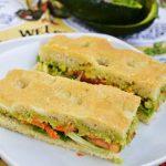 Sandwich cu focaccia si legume