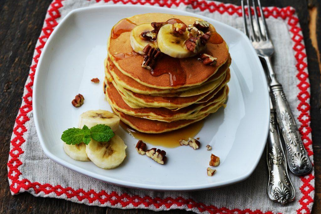 pancakes cu banane si ciocolata (5)