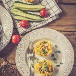 Mini omlete cu sunca si cascaval la cuptor