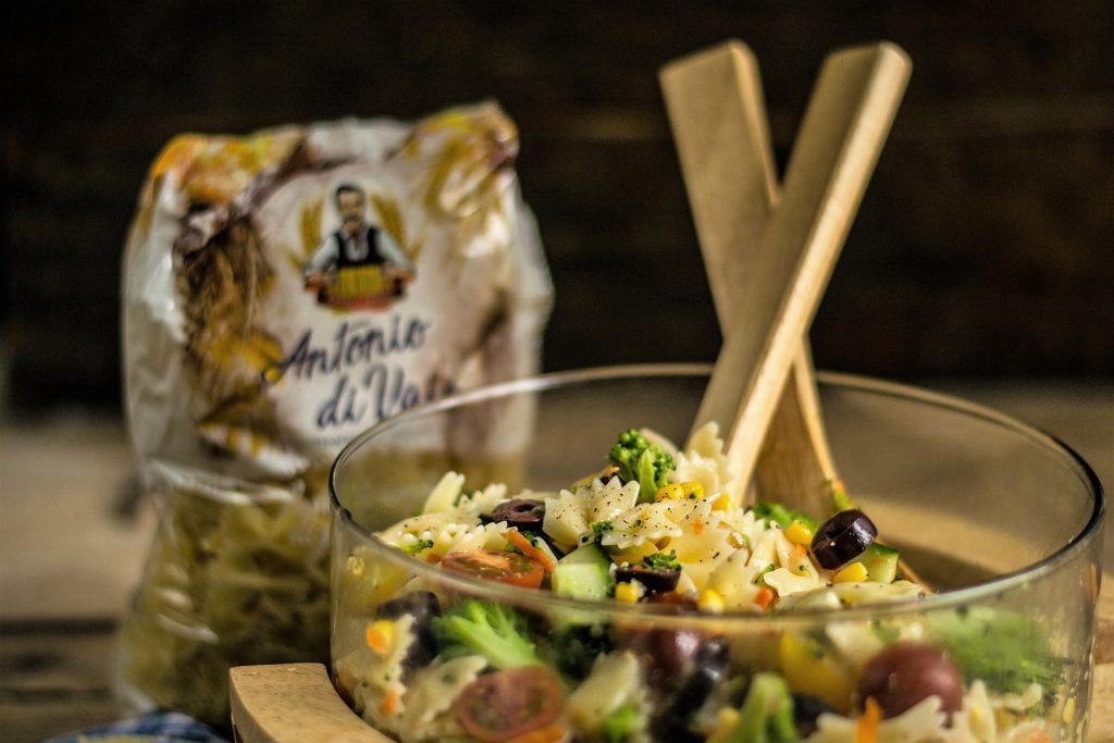 salata de post cu farfalle si legume