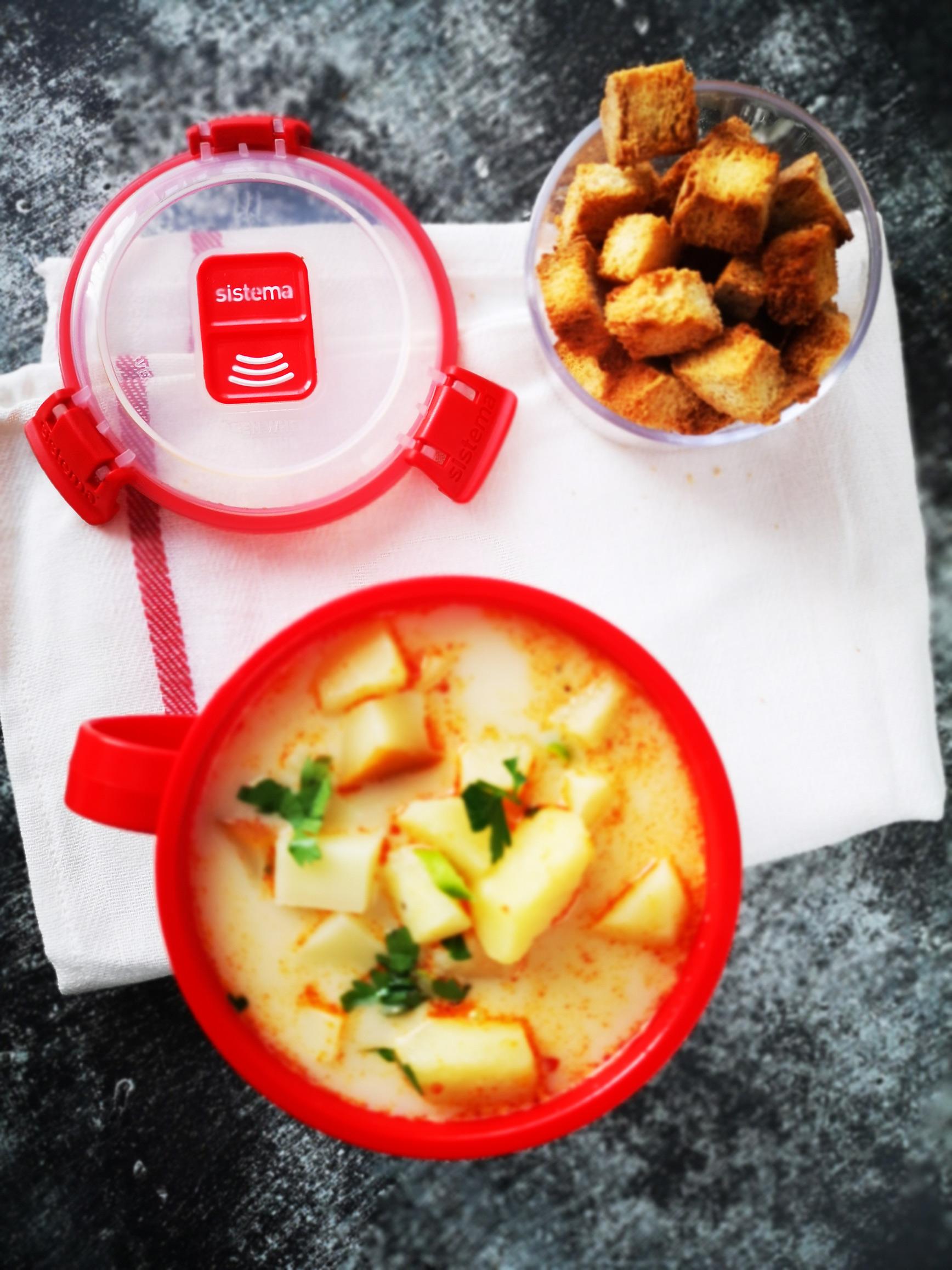ciorba de cartofi cu cascaval