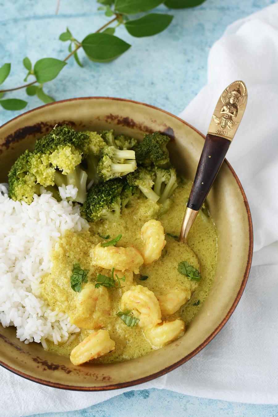 Curry de creveti cu lapte de cocos