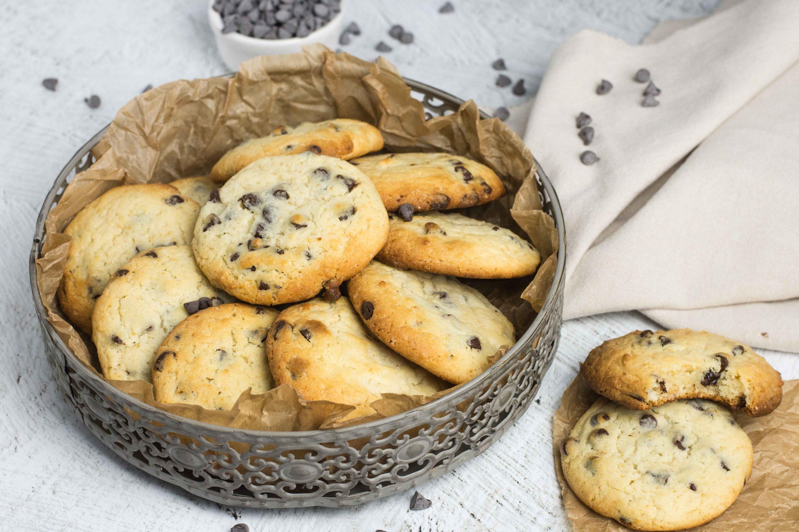 Biscuiti cu lapte condensat, portocale si ciocolata